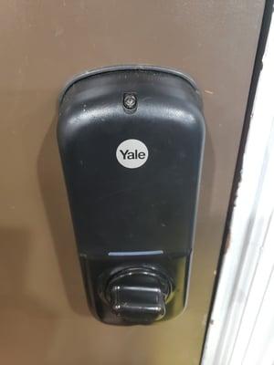 yale lock 1